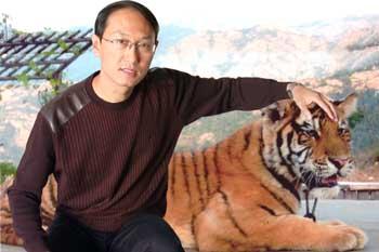 高伟,1961年产生于山东青岛胶南,毕业于北京画院高级研究生班.