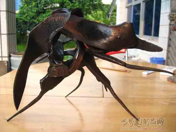 名家 陈居上 雕塑雕刻 - 钢铁e号 当前 位粉丝喜爱本幅作品
