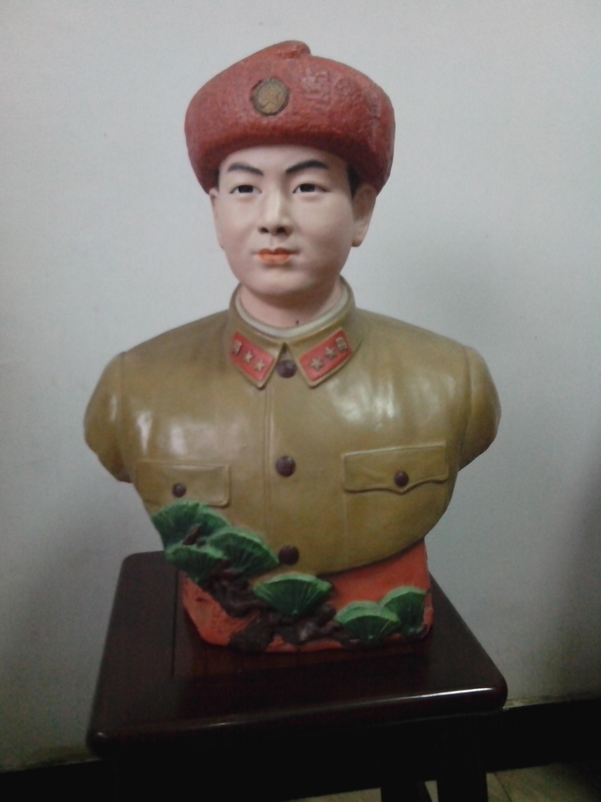 丹阳坊 - 景德镇70年代陶瓷雕塑雷锋