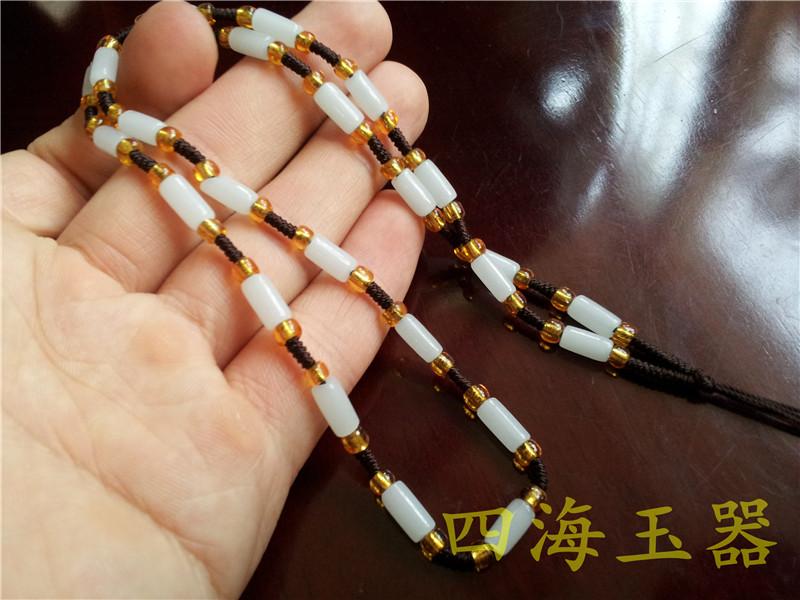 手工编织白色珠子项链