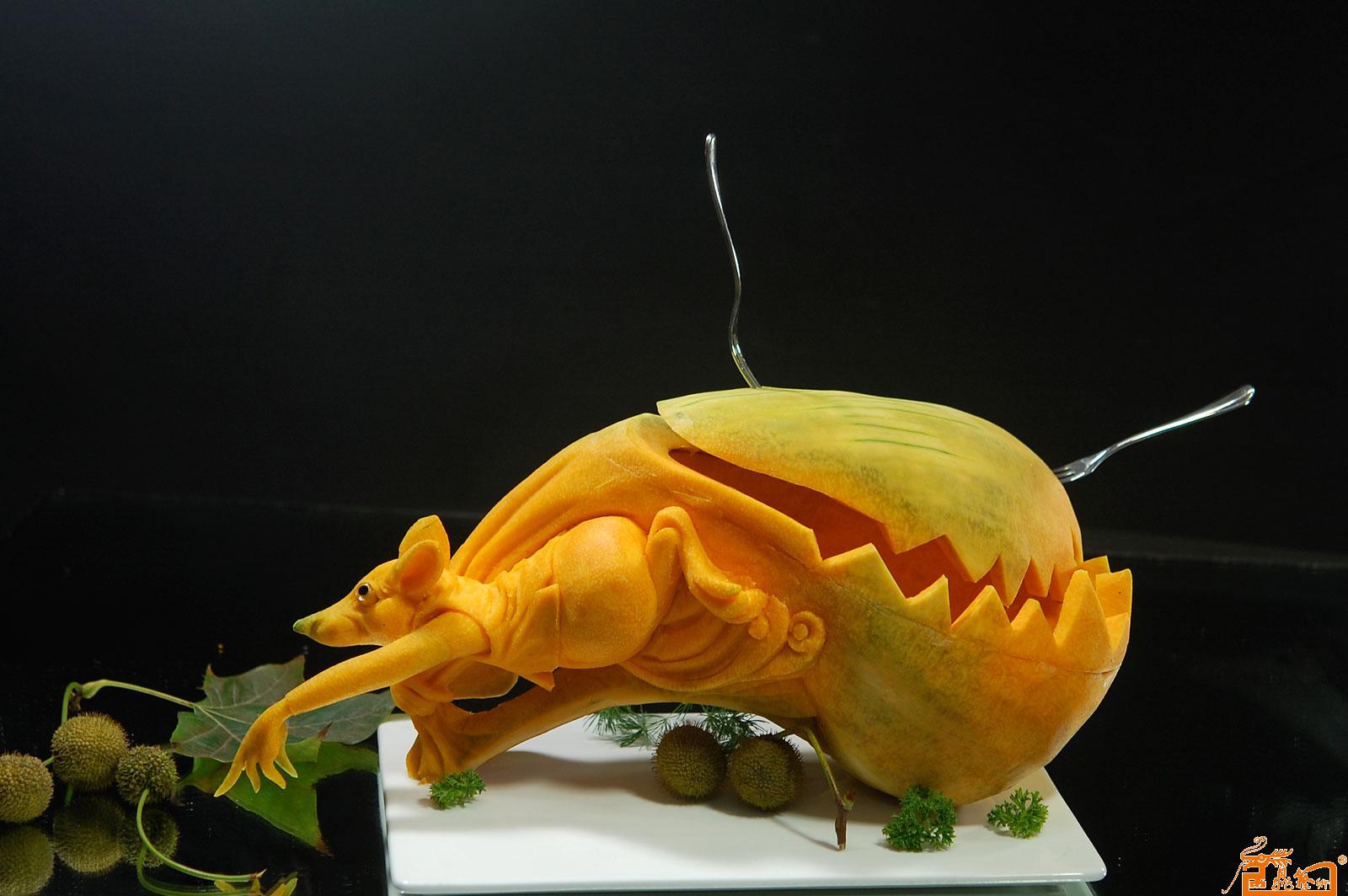 名家 孔令海 国画 - 食品雕刻器皿作品- 逃离