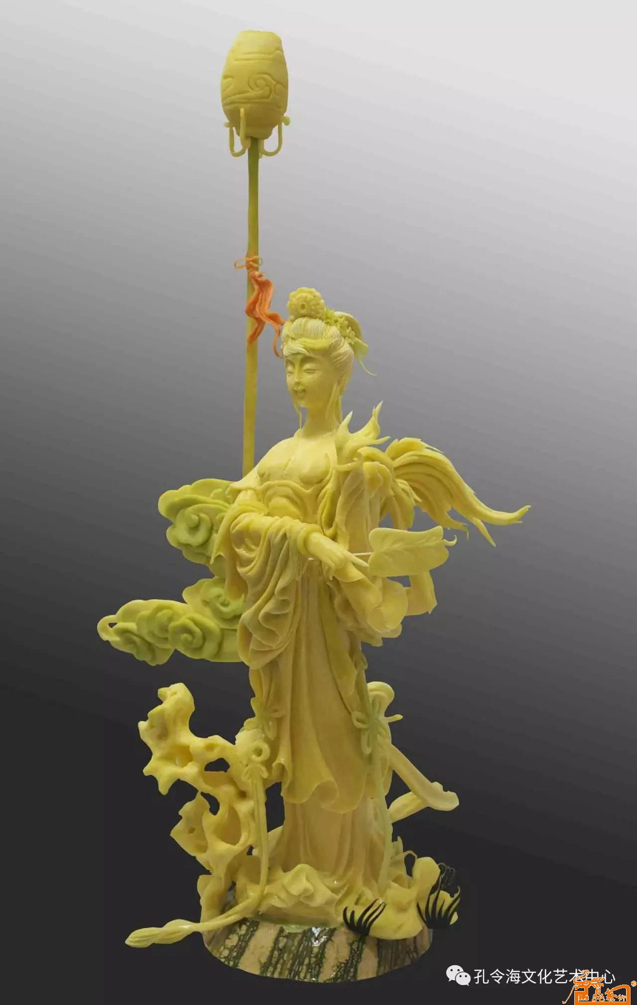 食品雕刻人物作品:《春宫仕女》  原料:南瓜